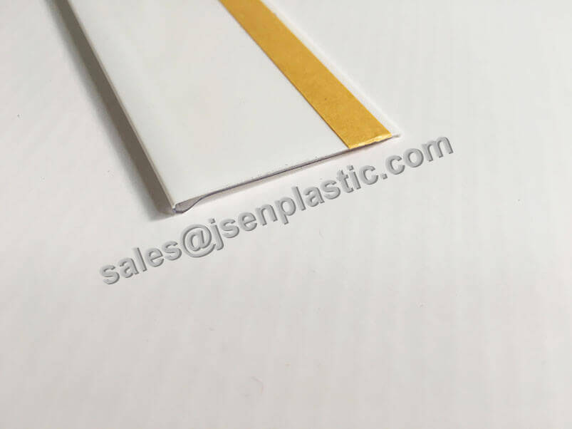 Plastic flat data strip DBR39